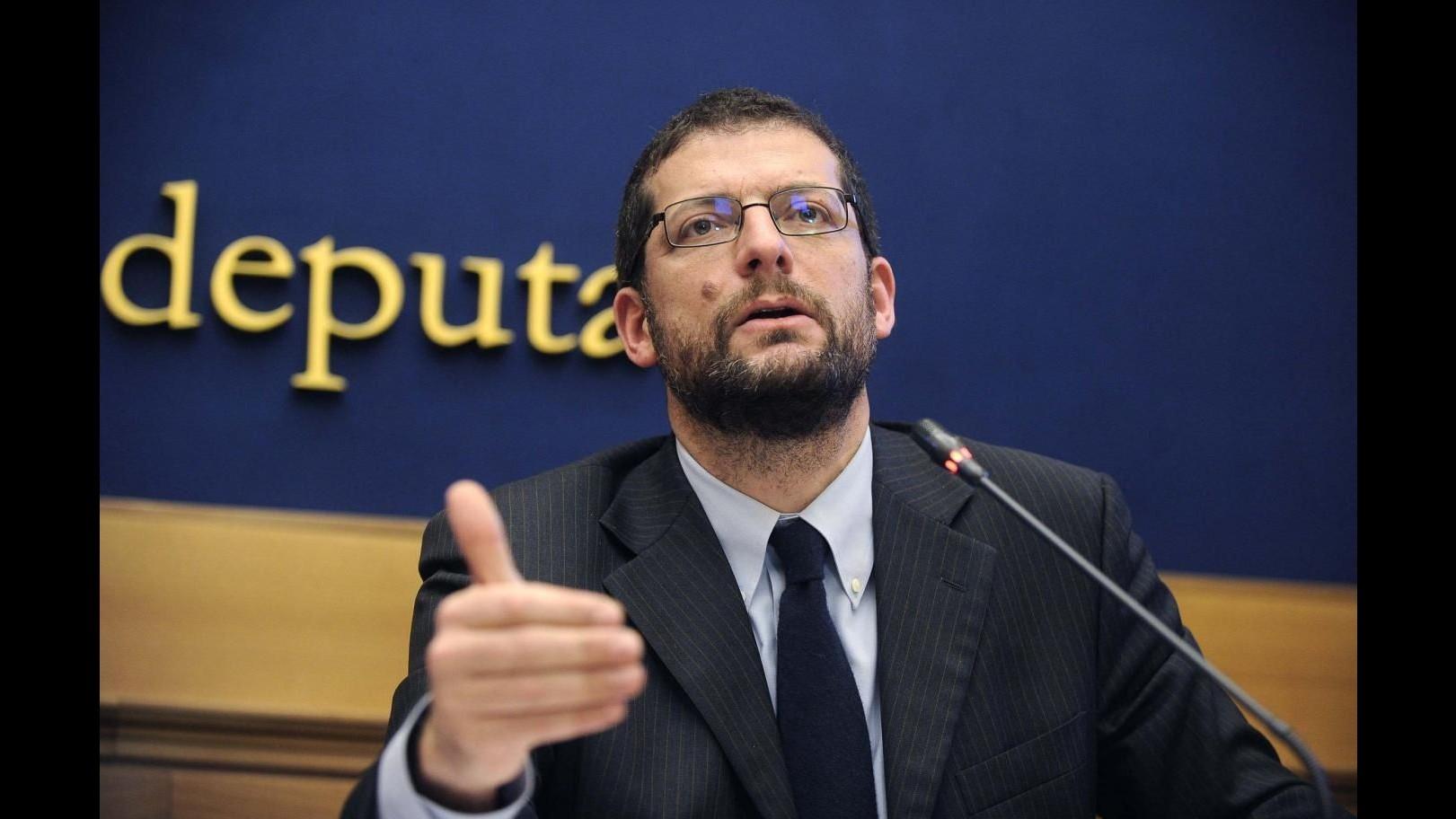 Romano (Pd): Sindaco Livorno Nogarin molli la poltrona