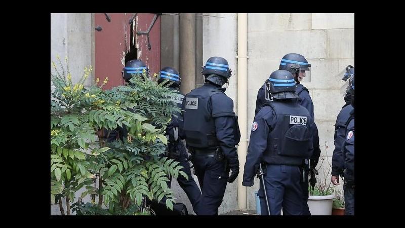 Parigi, è stata madre a mettere polizia su tracce 3° kamikaze Bataclan