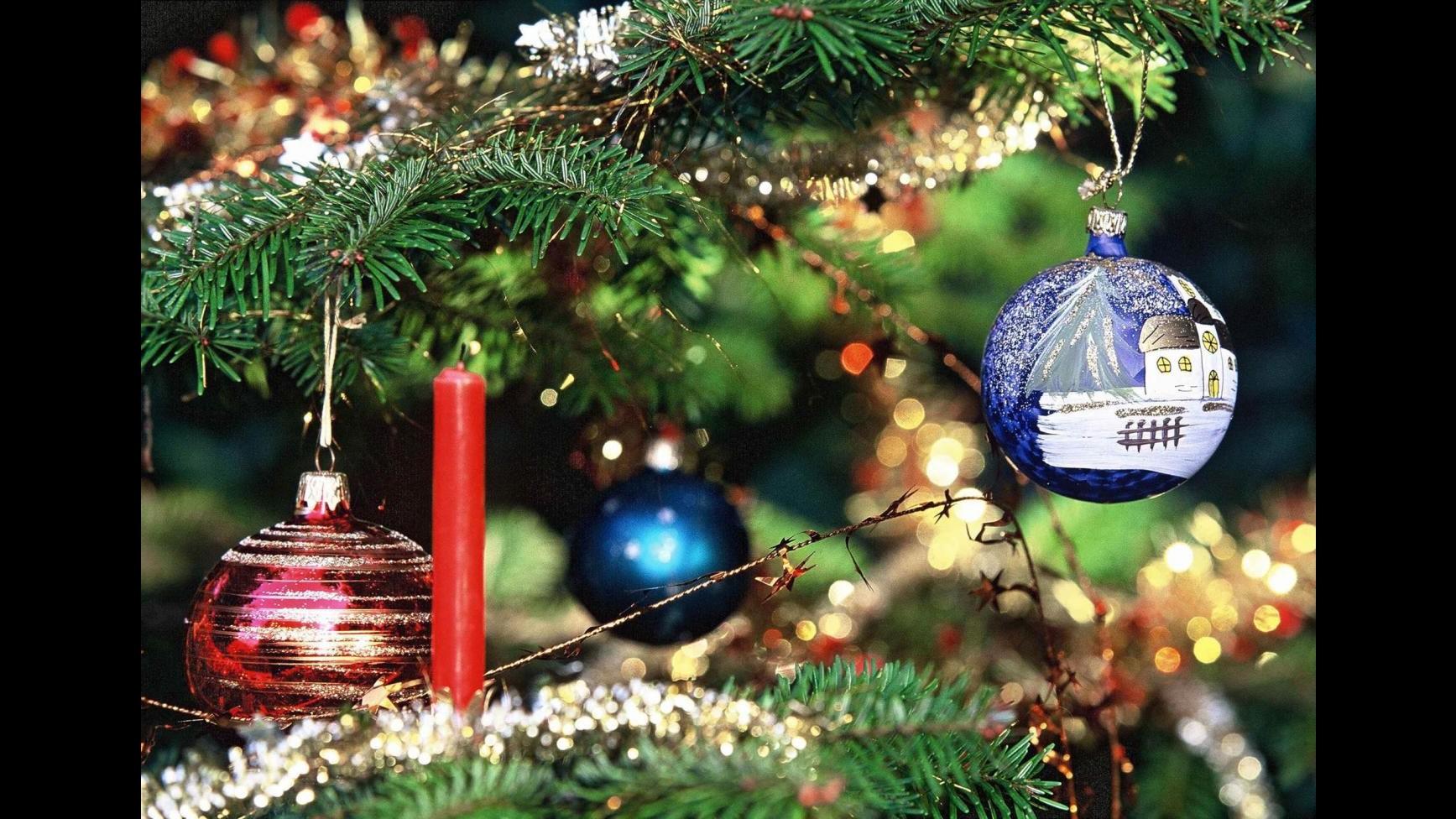 Natale, Coldiretti: Record di 1 miliardo per spumante all'estero
