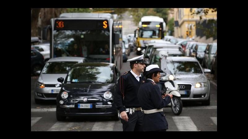 Campidoglio, domani blocco circolazione veicoli inquinanti