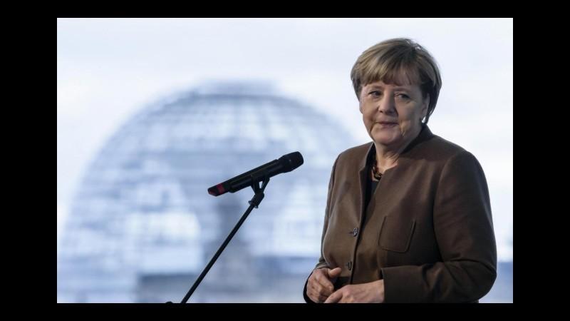 Migranti, Merkel: Incoraggiante proposta Commissione su forza frontiere
