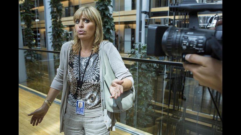 Settimanale 'Oggi' rivela: Alessandra Mussolini e marito diventano pizzaioli
