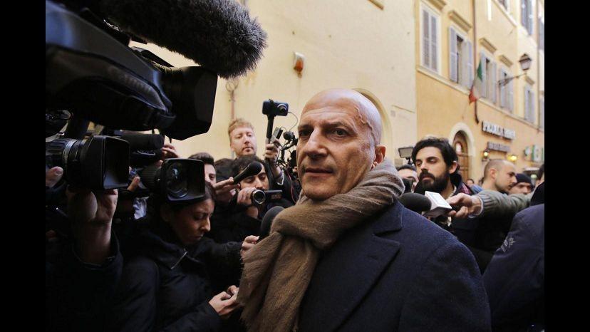 Rai, Minzolini condannato a 4 mesi. L'ex direttore: Pura follia