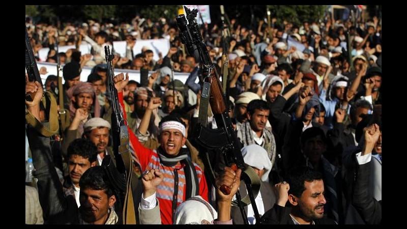 Yemen, raid sauditi contro houthi prima del cessate il fuoco: 15 morti