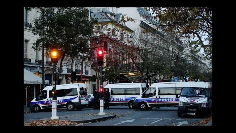 Parigi, Belgio prolunga detenzione per sospetto legato ad attacchi
