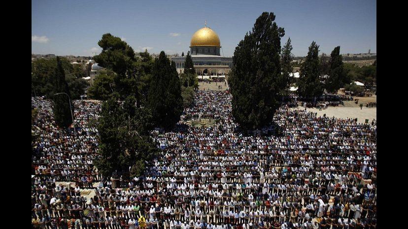 In calo i pellegrini in Terra Santa, colpa di Isis e violenze nell'area