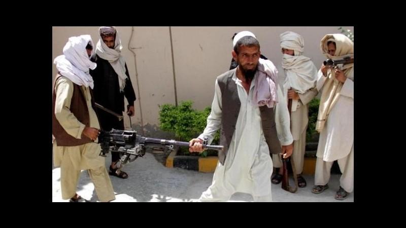 Afghanistan, talebani annunciano conquista Sangin: raid Usa sulla zona