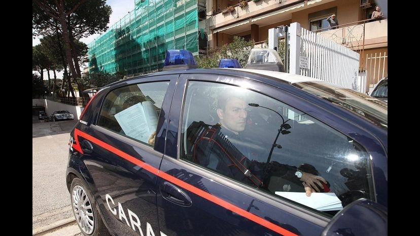 Bari, nasconde in scuola mezza tonnellata di botti: arrestato