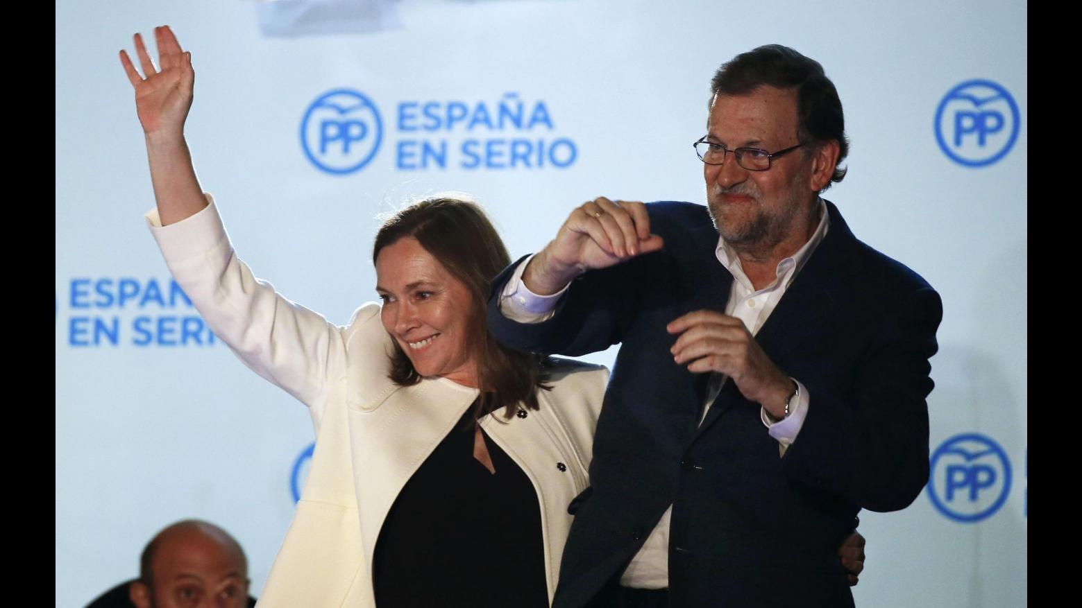 Spagna senza maggioranza: socialisti e Podemos dicono no a governo con Rajoy