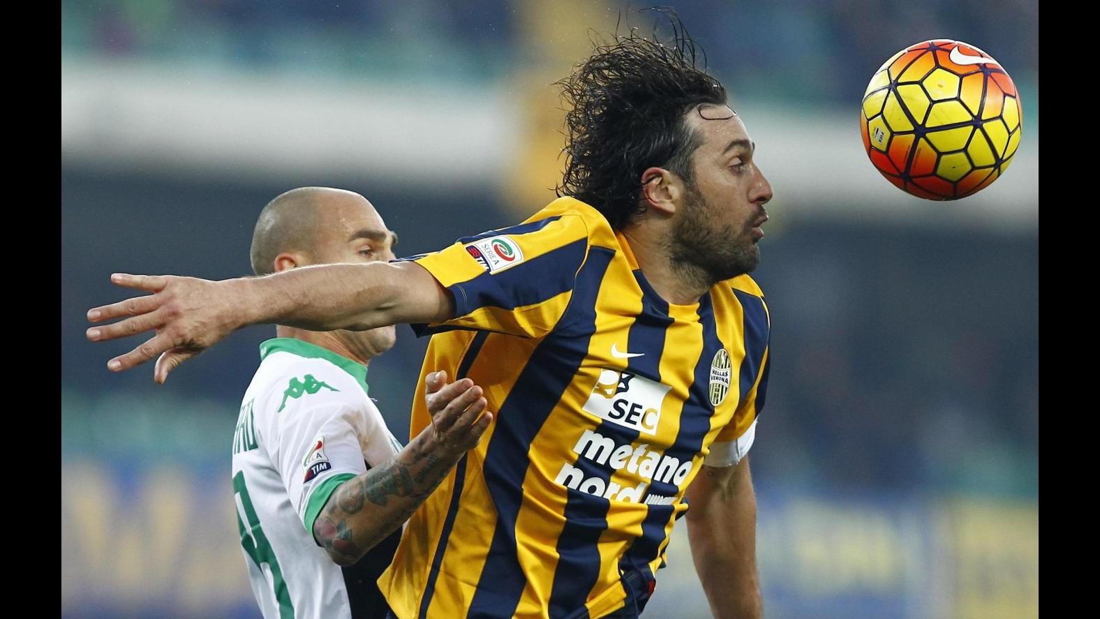 Serie A, Toni replica a Floccari: Verona-Sassuolo 1-1