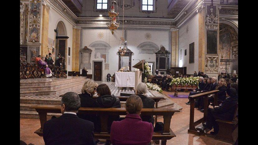Legali vescovo Mazara: Su conto mosnignor Mogavero nessun transito denaro