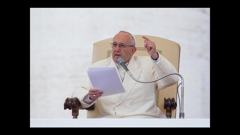 Epifania, Papa: Chiesa non brilla luce propria, uscire da nostre chiusure