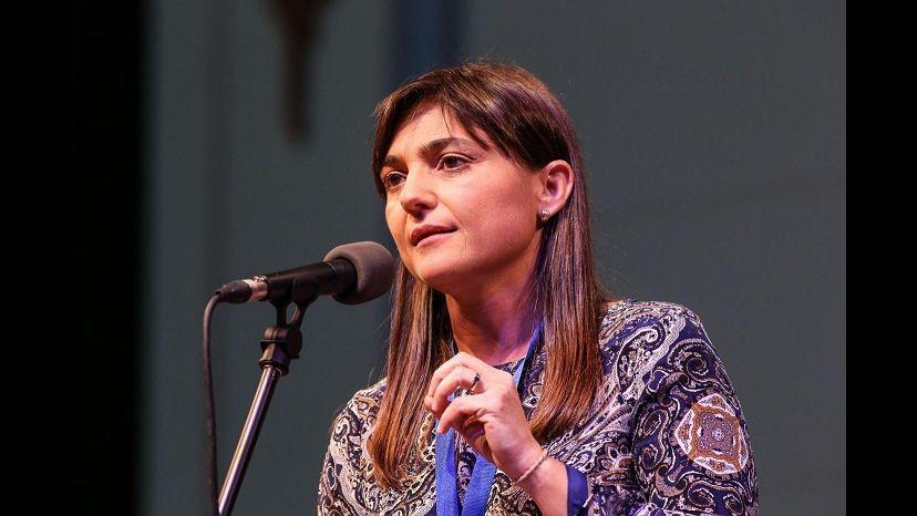 Unioni civili, Serracchiani: Su adozioni si può votare con M5S e Sel