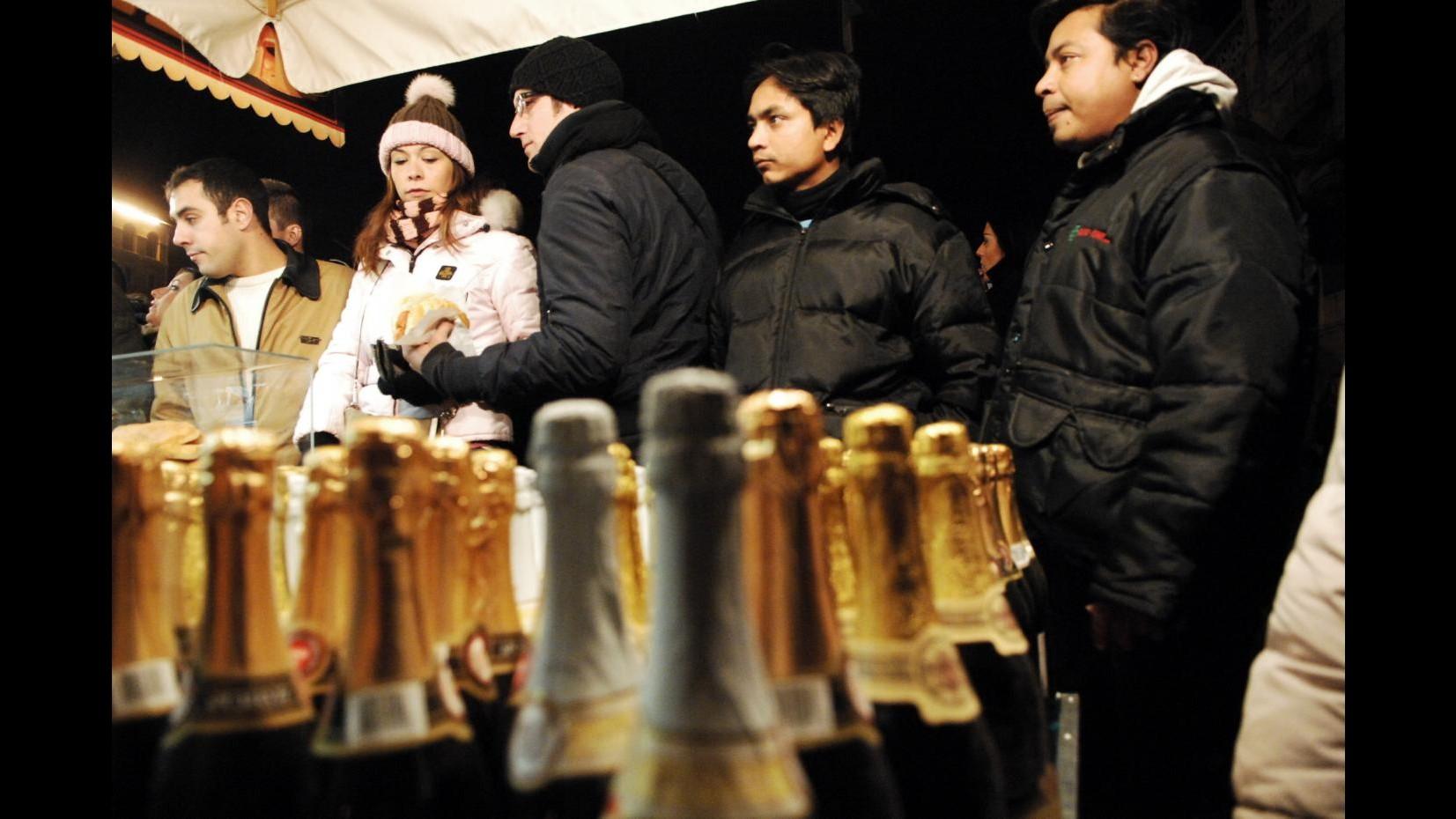 Capodanno, stappate 52 milioni bottiglie spumante italiano