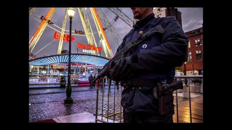 Capodanno, Bruxelles cancella fuochi d'artificio per rischio attacchi