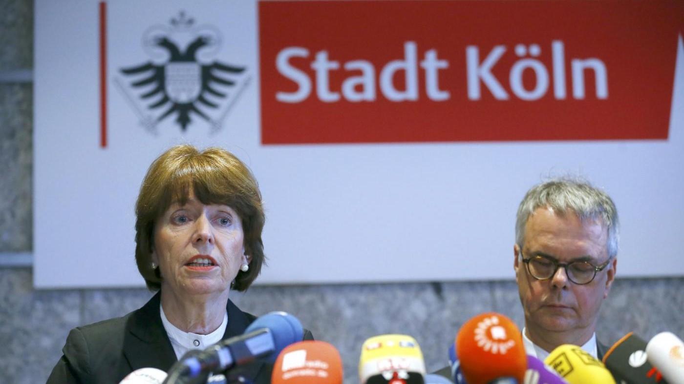Aggressioni a Colonia 121 denunce. Slovacchia: Basta profughi musulmani