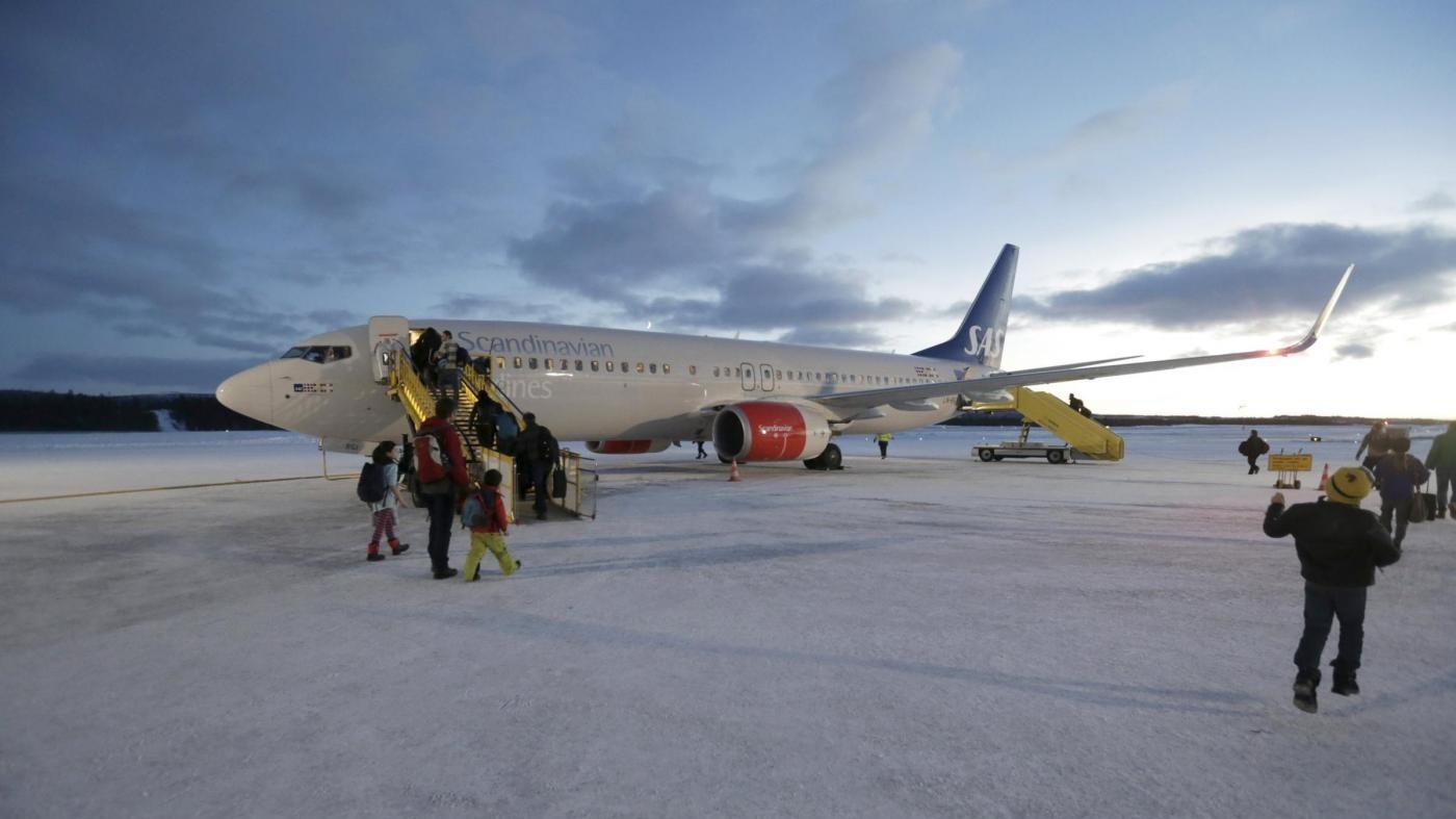 Allarme bomba sul volo Londra-Stoccolma: chiuso l'aeroporto di Goteborg