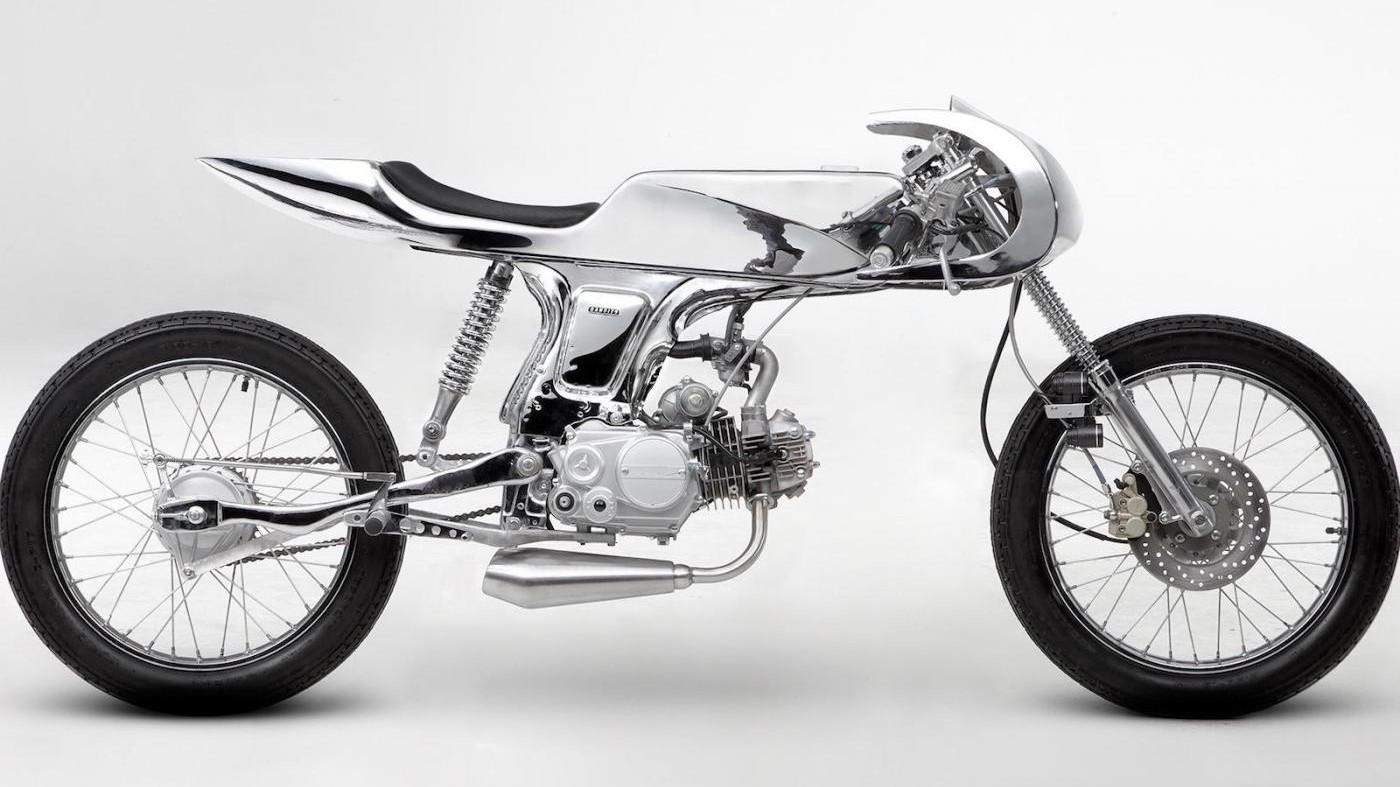 Bandit9 AVA: la moto tutt'acciaio e cromature