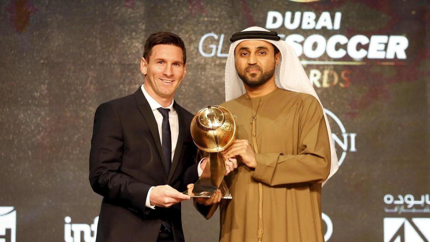 Leo Messi premiato a Dubai: è lui il miglior giocatore dell'anno