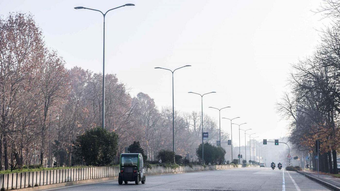Smog, a Milano aria più pulita: polveri sottili sotto limite giornaliero
