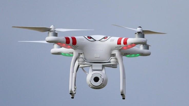 """Arriva il """"drone-bagnino"""" per il soccorso in mare"""
