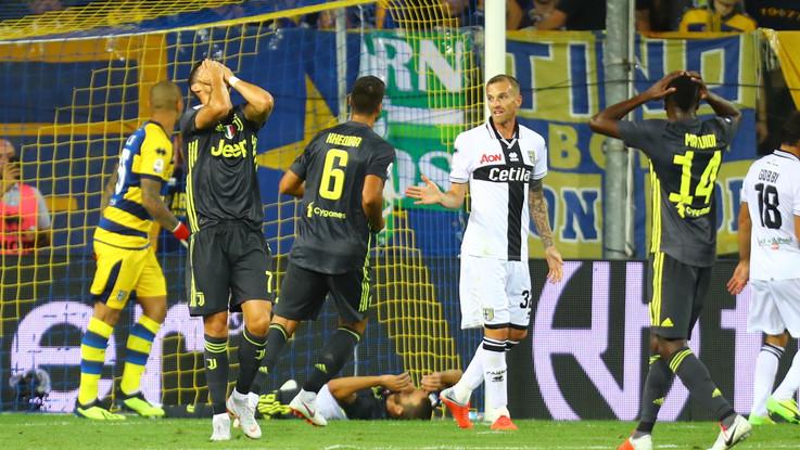 Serie A, Juve vola anche senza i gol di Ronaldo: Parma ko 2-1