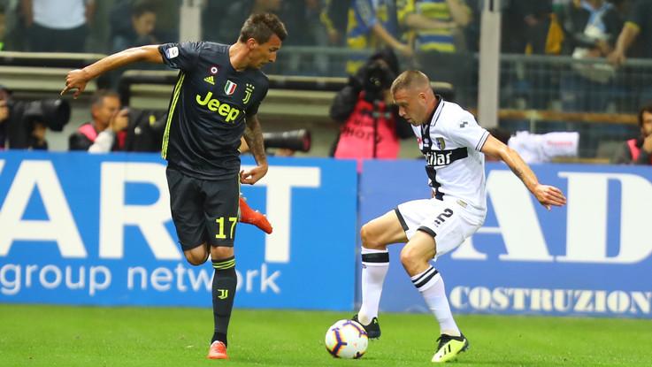 Serie A, le pagelle di Parma-Juventus 1-2: Ronaldo flop, super Matuidi