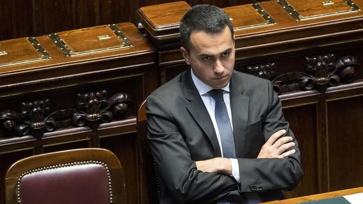 """Dl Dignità, duello Di Maio-Martina. M5S: """"Pd è partito dei padroni"""""""
