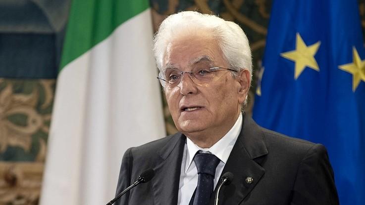 """Mattarella: """"Armi contro bimbi è barbarie, Italia non è Far West"""""""