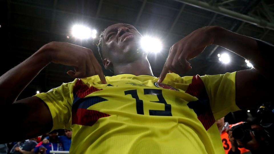 Mina esulta emozionato dopo il gol ©PA/Lapresse