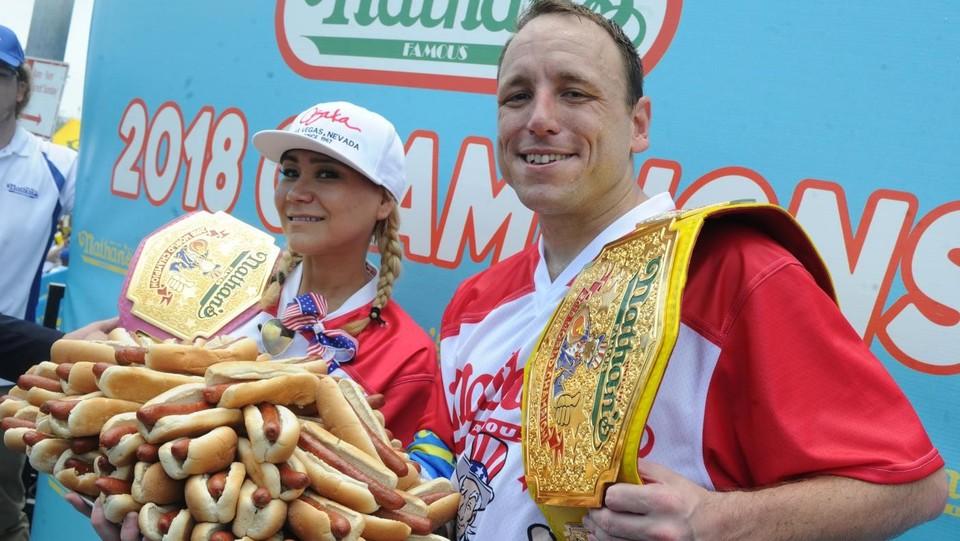 Gara di mangiatori di Hot Dog a New York ©ABACAPRESS/LaPresse