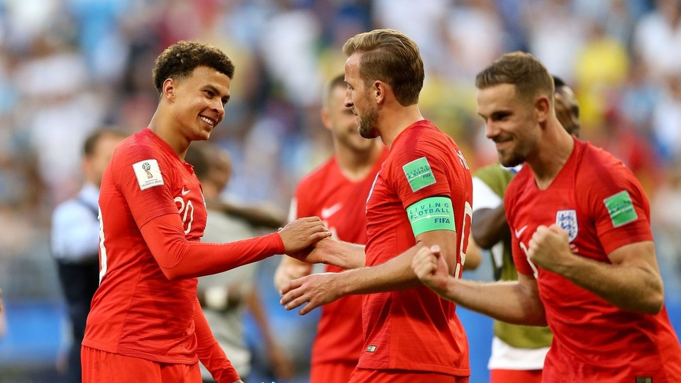Dele Alli e Harry Kane festeggiano la vittoria contro la Svezia ©PA/Lapresse