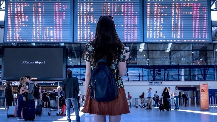 Vacanze, resiste la passione per i viaggi: aumenta il budget dei giovanissimi