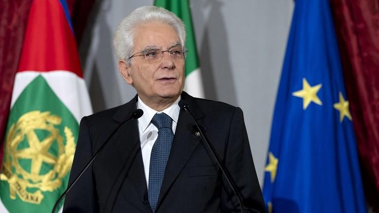 """Mattarella: """"I migranti sono i nuovi schiavi, necessaria cooperazione Ue"""""""