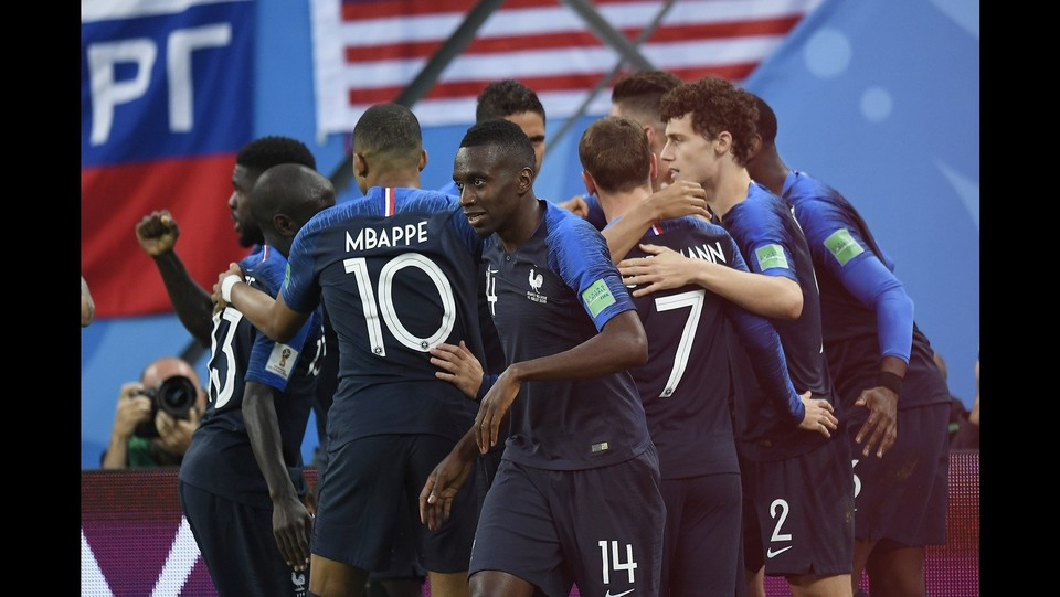 La Francia esulta dopo il gol ©Fabio Ferrari/LaPresse