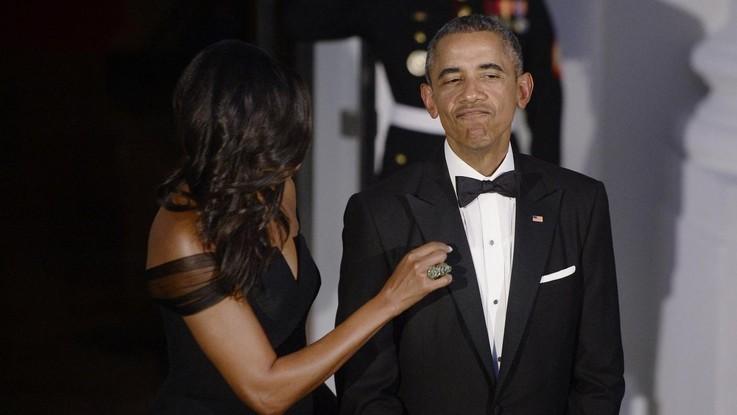 Barack e Michelle scatenati al concerto: gli Obama ballano e cantano Beyoncé | Video