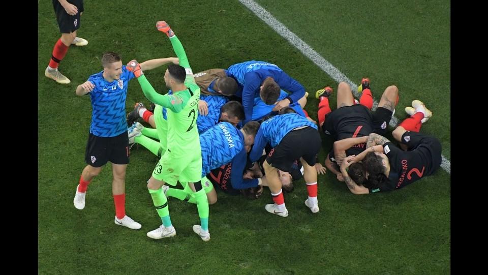 La Croazia esulta dopo il secondo gol ©AFP/LaPresse