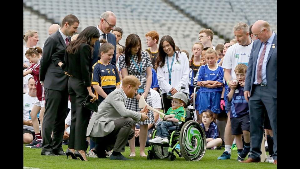 Dublino, primo viaggio da sposati per Harry e Meghan ©AFP/LaPresse