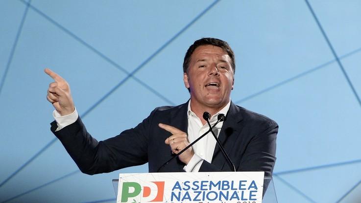 Se la comunicazione è boomerang: il M5s attacca Renzi ma ne rilancia la leadership