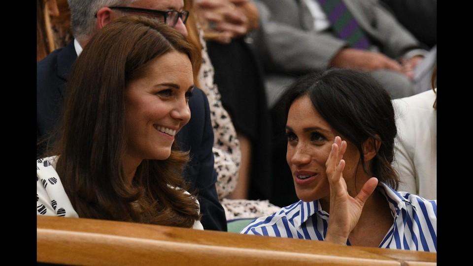 Wimbledon 2018, Kate Middleton e Meghan Markle insieme in tribuna ©AFP/LaPresse