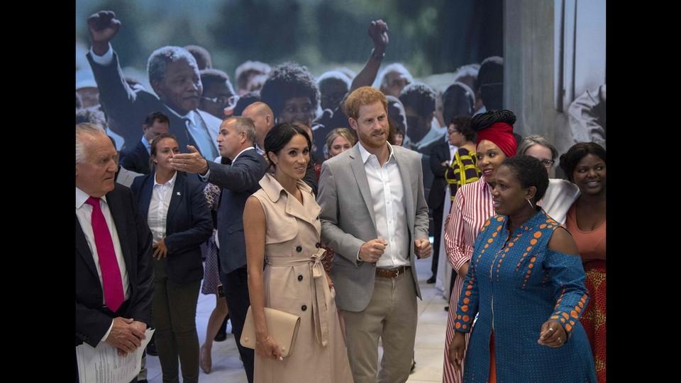 Harry e Meghan alla Nelson Mandela Centenary Exhibition ©AFP/LaPresse