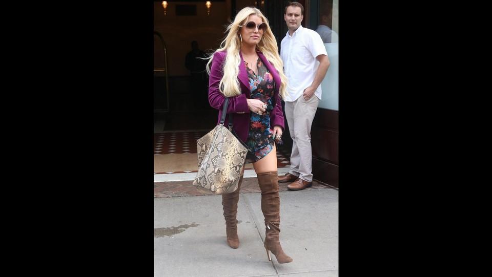 La cantante   Jessica Simpson  passeggia per New York ©BACKGRID USA