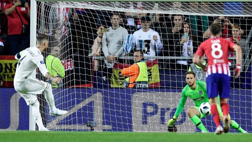 Il rigore di Sergio Ramos ©AFP/LaPresse