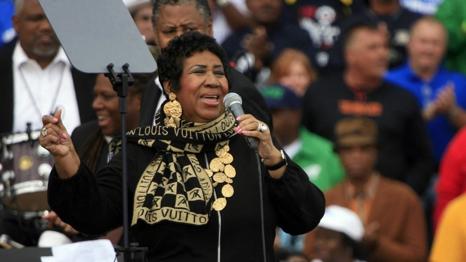 Aretha Franklin canta prima del discorso di Barack Obama in occasione delle celebrazione del Labor Day il 5 settembre 2011 ©Sipa USA