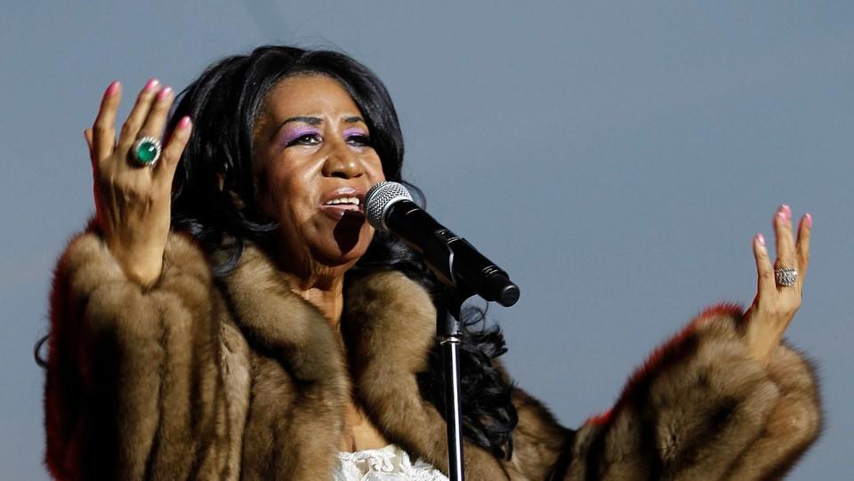 Aretha Franklin si esibisce alla Wisconsin State Fair il 5 agosto 2014 ©Sipa USA