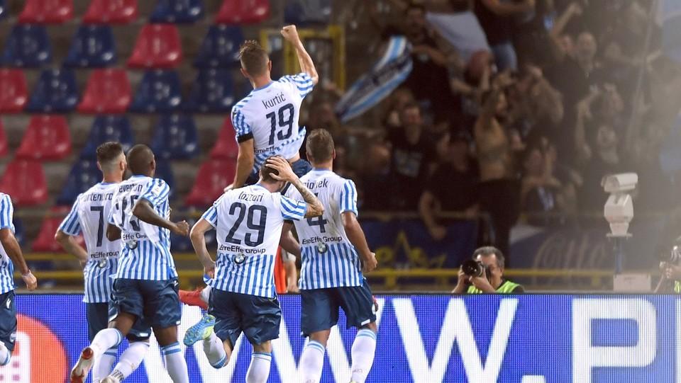 71' Gol di Kurtic: Spal in vantaggio 0-1 ©Massimo Paolone/LaPresse
