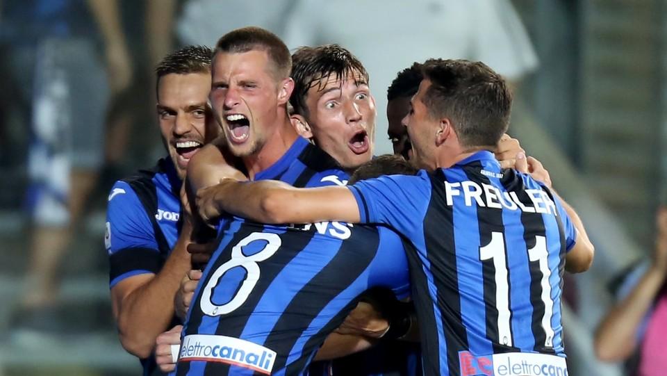L'esultanza di Hateboer dopo il gol del 2-0 ©Mauro Locatelli/LaPresse