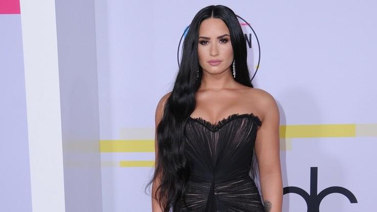"""Demi Lovato torna sui social dopo il ricovero: """"Continuerò a combattere"""""""