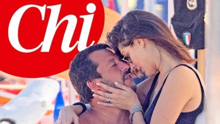Salvini sempre più innamorato della Isoardi: effusioni al mare