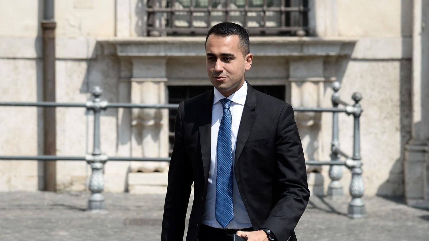 """Di Maio attacca i """"prenditori"""". """"L'Italia non è ricattabile"""""""